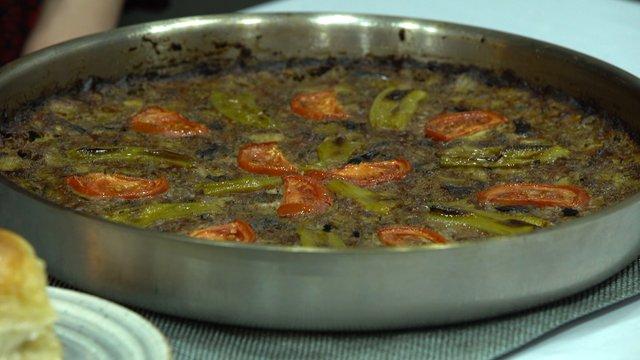 Afyon'a özel patlıcan böreği