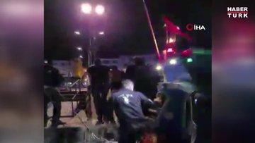 Gece yarısı denize atlayan vatandaşı polis ekipleri kurtardı