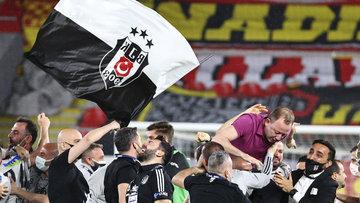 Beşiktaş'ın şampiyonluk sevincinden kareler