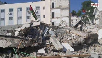 İsrail güçleri, Gazze Şeridi'nde Çalışma ve Sosyal Kalkınma bakanlıklarının bulunduğu iki binayı vurdu
