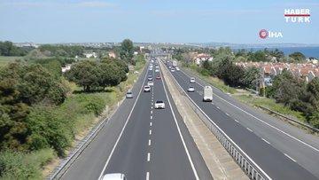 İstanbul-Tekirdağ yolunda trafikte çift yönlü yoğunluk yaşanıyor