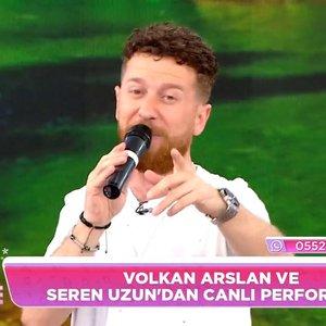 Volkan Arslan ve Seren Uzun'dan canlı performans!