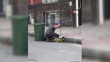 Köpek ile temizlik işçisinin tebessüm ettiren anları