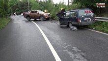 Arnavutköy'de iki araç kafa kafaya çarpıştı