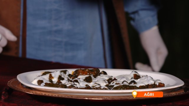 Ağrı'nın geleneksel yemeği Tırşo (Evelik) Dolması yapımı!