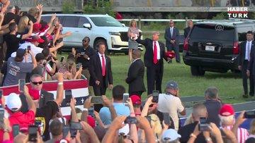 Eski ABD Başkanı Trump sahalara döndü!
