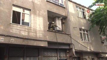 Bağcılar'da yangın...İtfaiye şüpheli ölüme rastladı