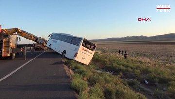Aksaray'da yolcu otobüsü devrildi: 22 yaralı