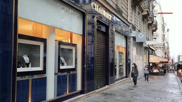 Paris'teki ünlü kuyumcuya soygun şoku!