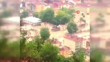 Kastamonu'da korkutan sel görüntüleri