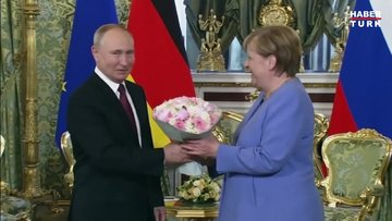 Almanya Başbakanı Angela Merkel'in, Rusya Devlet Başkanı Vladimir Putin ile son görüşmesi!