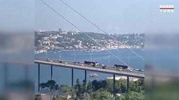 15 Temmuz Şehitler Köprüsü'nde metrobüs arızası nedeniyle yolcular araçtan indirildi