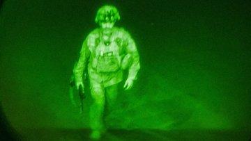 Afganistan'dan ayrılan son ABD askeri!