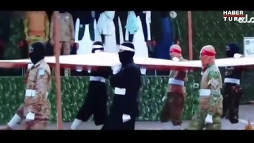Taliban'dan silahlı geçit töreni!