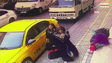 Esenyurt'ta evden kaçan iki kızdan haber alınamıyor