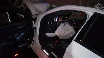 Otomobil TIR'a çarptı, 3 kardeş hayatını kaybetti