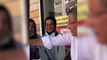 Davutoğlu'nun Diyarbakır ziyaretinde gençlerle sohbeti