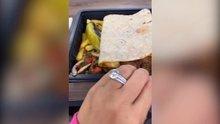 Katie Price, Türkiye'de! Kebap yerken iri taşlı yüzüğünü gösterdi