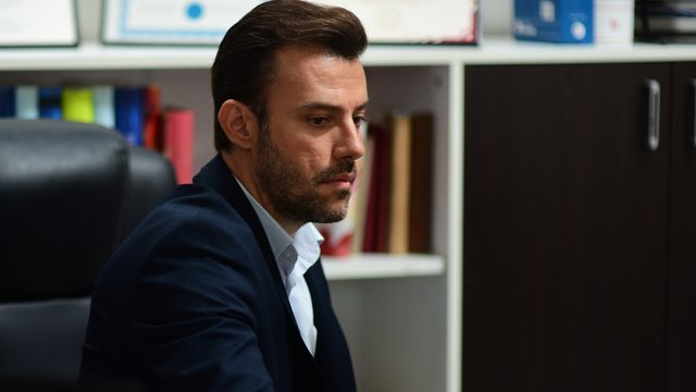 Mehmet Emir, Murat'ı kovuyor!