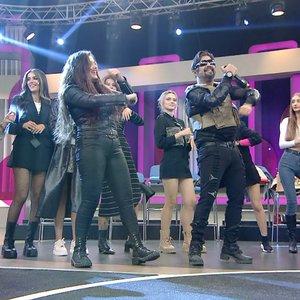 Cankan'dan ''Yana Yana'' performansı!