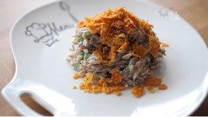 Arpa şehriyeli, cipsli salata nasıl yapılır?