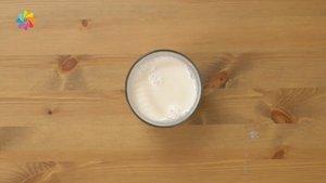 5 dakikada badem sütü yapımı!